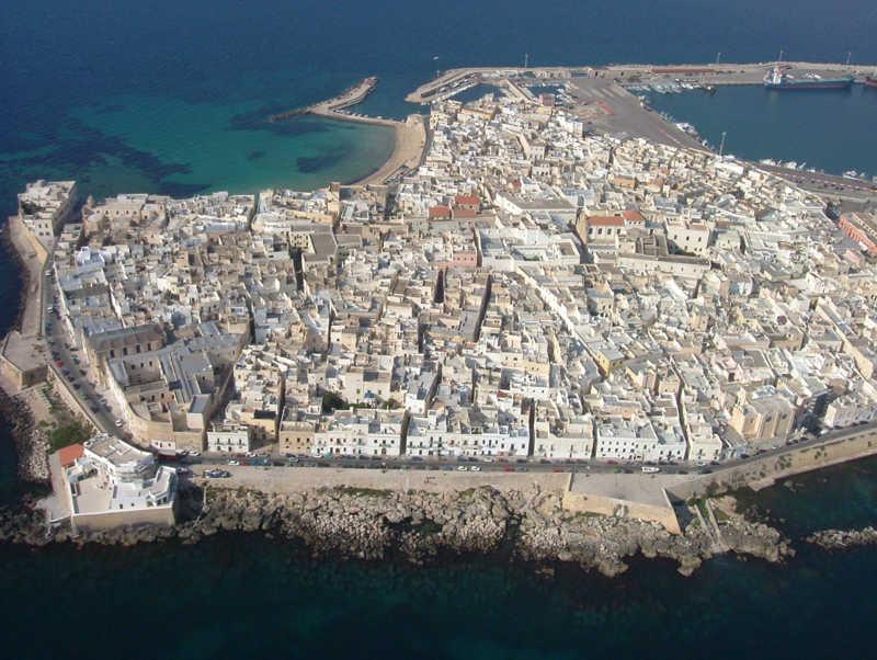 Gallipoli Apulia South Italy Holidays Travel Amp Property